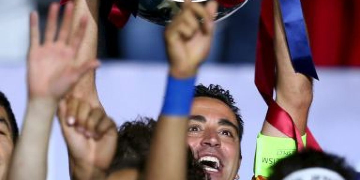 VIDEO: Xavi Hernández agredió a Neymar en los festejos del Barcelona
