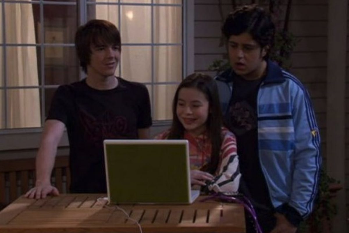 "Al finalizar ""Drake y Josh"", Cosgroove protagonizó la serie ""iCarly"" Foto:IMDB"