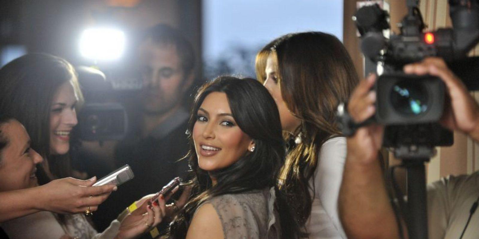 La socialité ofrecerá una clase de maquillaje en Los Ángeles. Foto:Getty Images
