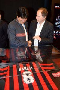 Baresi y Evo Morales. Foto:twitter.com/acmilan