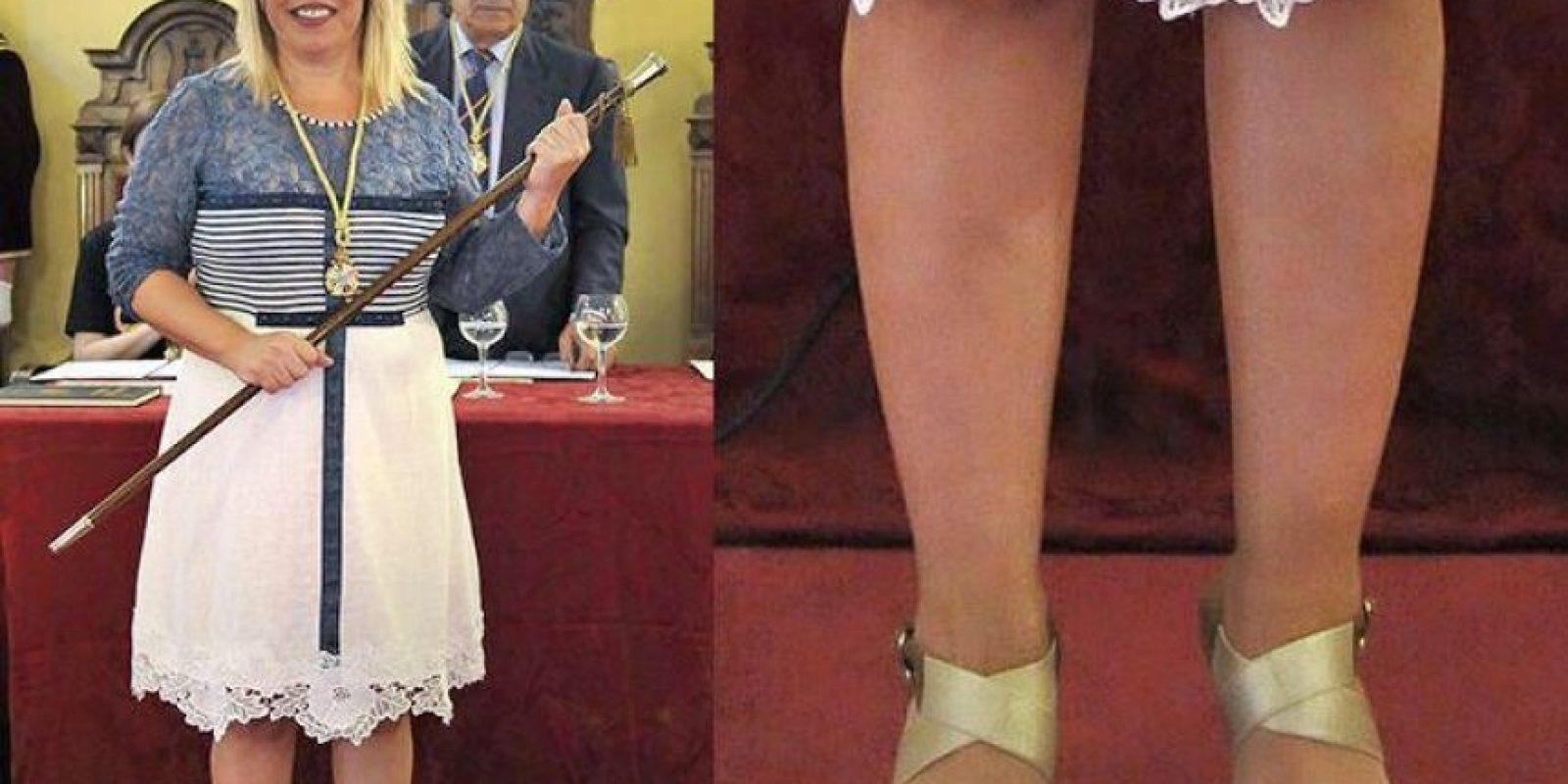 La nueva alcaldesa de Jerez, España, sorprendió por esto y su foto se hizo viral. Pero varias famosas ya han demostrado que los zapatos de la talla apropiada son una cuestión de principios. Foto:vía Twitter