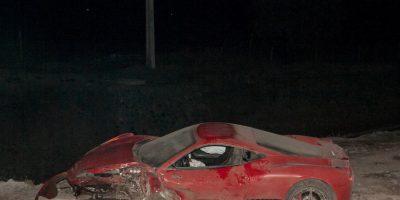 Eso sí, su lujoso Ferrari quedó prácticamente inservible. Foto:AFP