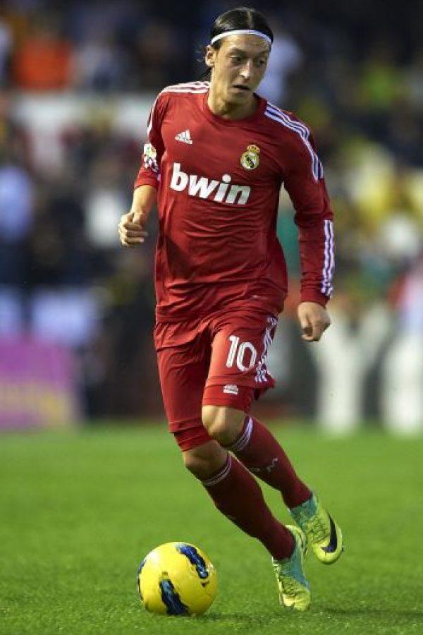 El tercer kit fue en tono rojo. Foto:Getty Images