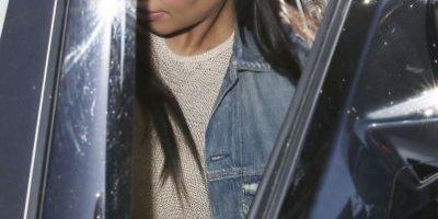 Kim Kardashian tuvo un problema con su vestuario y enseñó su ropa interior