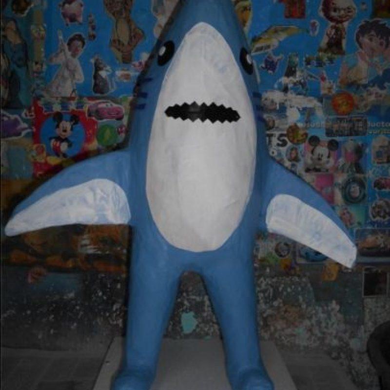 El tiburón de la izquierda Foto:vía facebook.com/pinateria.ramirez