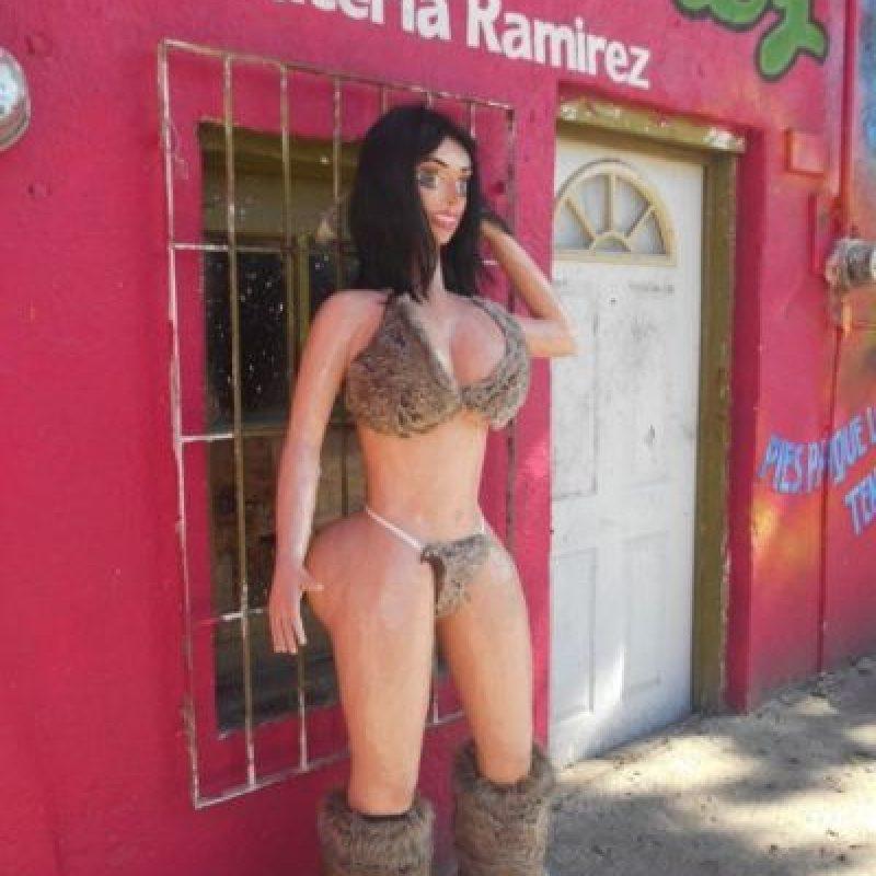 Kim Kardashian Foto:vía facebook.com/pinateria.ramirez