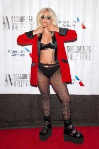 Pero no es la primera vez que Gaga tiene looks así. Foto:vía Getty Images