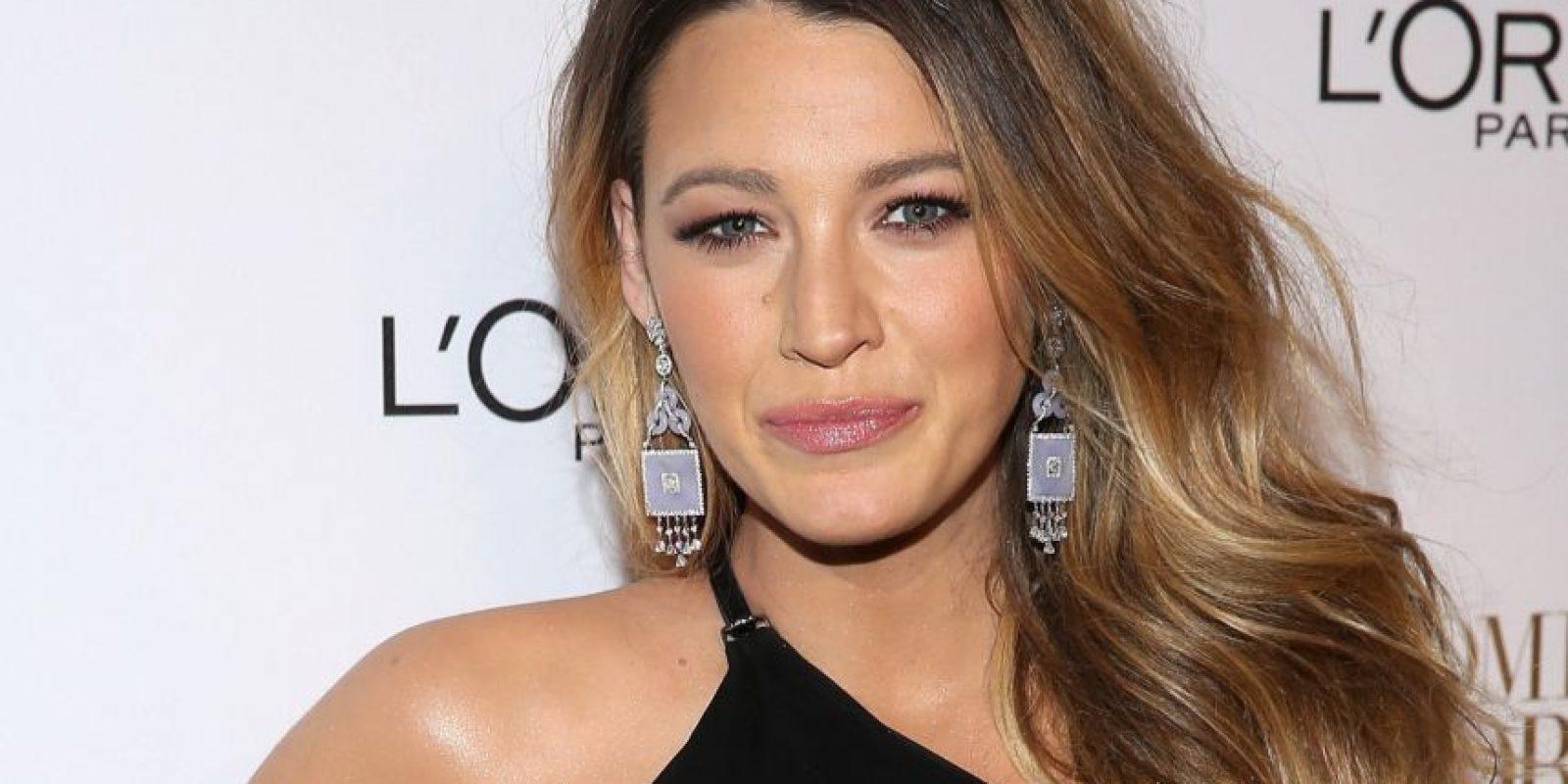 FOTOS. Filtran imágenes sin ropa de la actriz Blake Lively ... Blake Lively Facebook