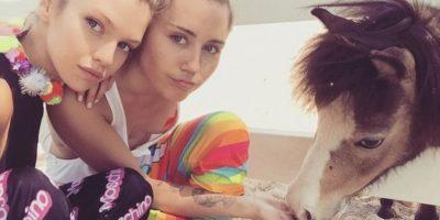 """Aseguran que Miley Cyrus tiene un romance con un """"Ángel"""" de Victoria""""s Secret"""