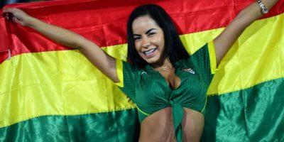 FOTOS: Conozcan a Mayte Flores, la boliviana que roba miradas en la Copa América