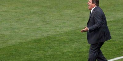 Hija del DT de la selección de México insulta a comentarista deportivo