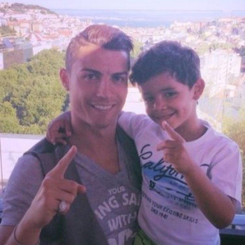 """""""Los momentos con mi hijo son siempre increíbles"""", tuiteó el futbolista Foto:vía instagram.com/cristianoronaldo"""