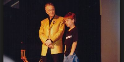 "Lloyd rodó cuatro episodios de la teleserie Urgencias como personaje recurrente, ""Jimmy Sweet"" Foto:Wikicommons"