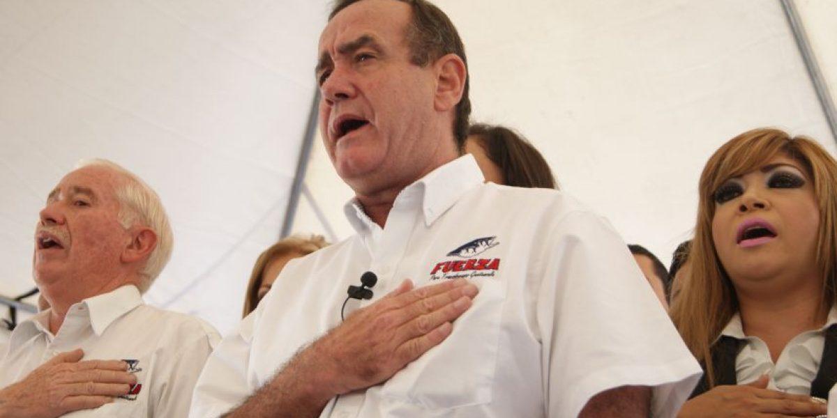 Fernando Paiz acompañará  a Giammattei por la presidencia