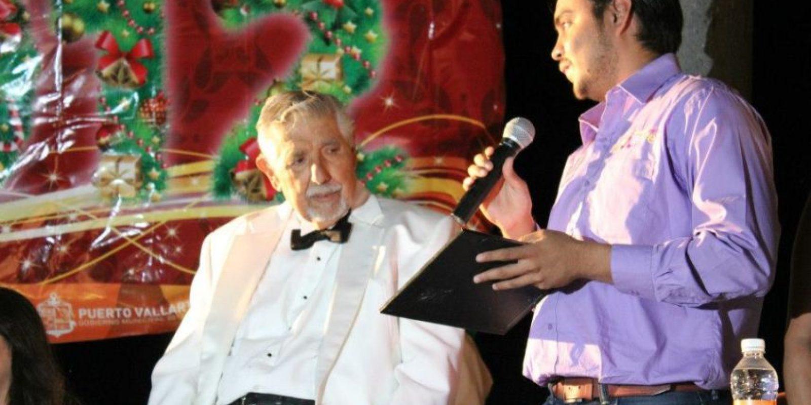 La hija del actor también explicó que Rubén permaneció inconsciente tras ingresar el centro de salud. Foto:vía facebook.com/ElProfesorJirafales