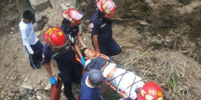 Niño que fue lanzado de un puente se encuentra estable