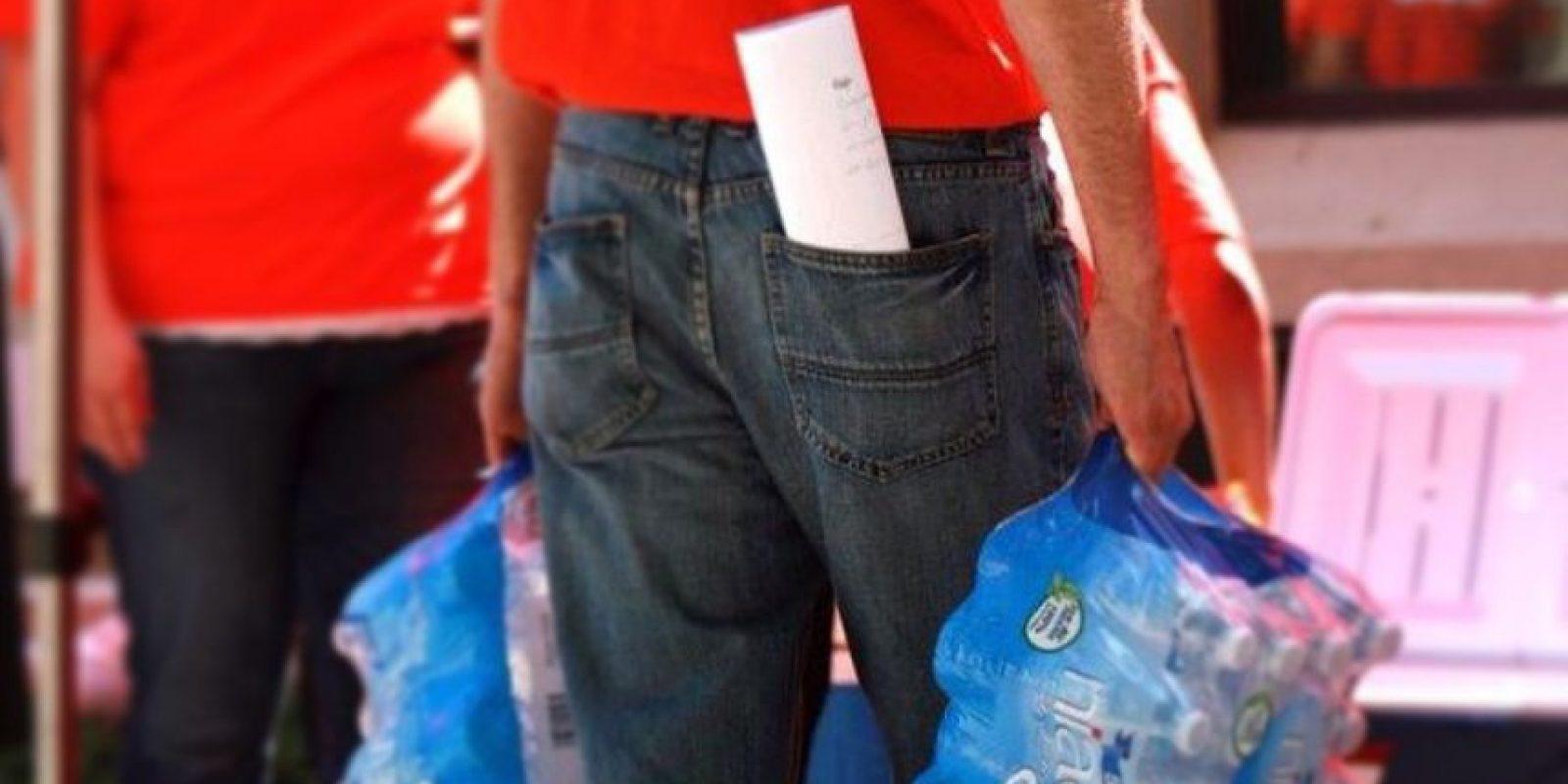 Se retiraron del mercado las botellas de agua producidas durante el 10 y 18 de junio. Foto:Vía niagarawater.com