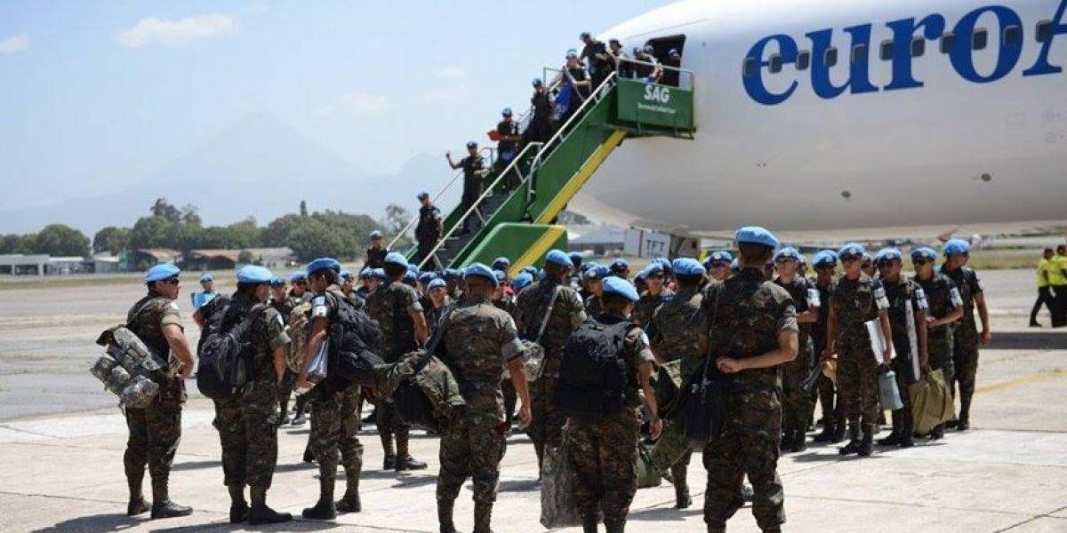 FOTOS. Retorna contingente guatemalteco de Policía Militar procedente de Haití