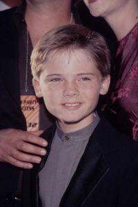 Porque desde ahí, Jake Lloyd dejó la actuación por culpa de la película que casi le arruina la vida. Foto:vía Getty Images