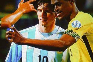 """9. El jugador que le pidió un """"selfie"""" a Messi Foto:Vía facebook.com/AFASeleccionArgentina"""