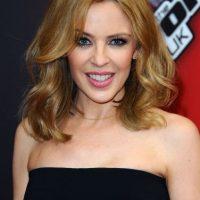 La australiana Kylie Minogue presumió sus curvas. Foto:Getty Images