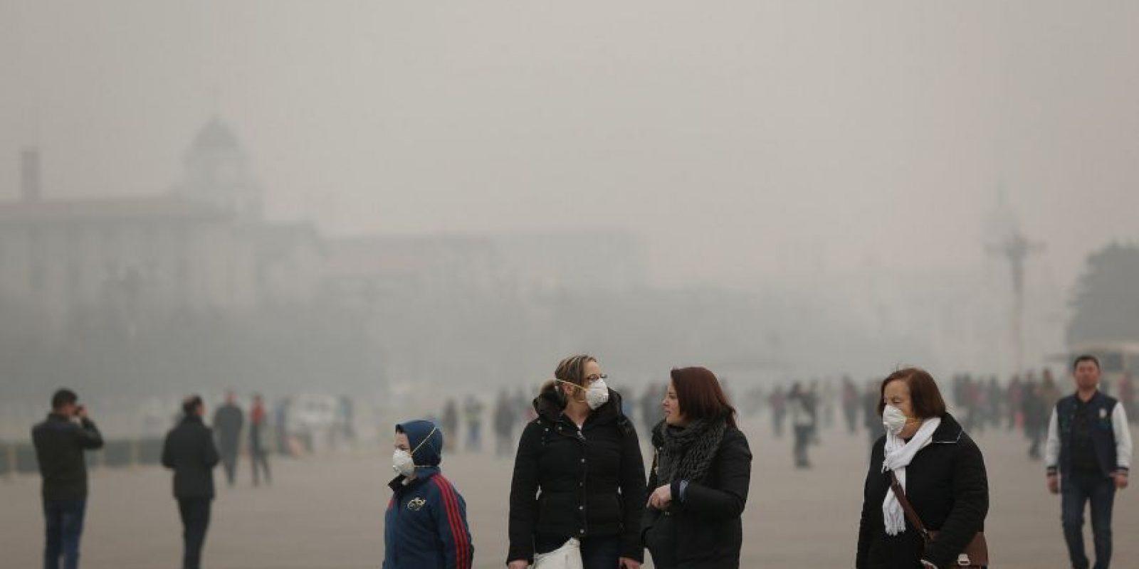 """Según la OMS, un """"80% de las defunciones prematuras relacionadas con la contaminación del aire exterior se deben a cardiopatía isquémica y accidente cerebrovascular, mientras que un 14% se deben a neumopatía obstructiva crónica o infección aguda de las vías respiratorias inferiores, y un 6% a cáncer de pulmón"""". Foto:Getty Images"""