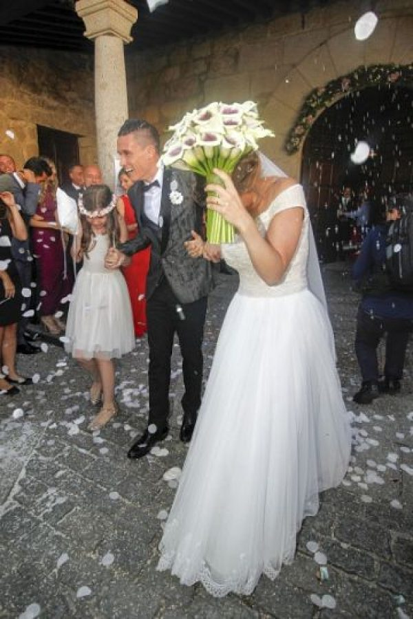 """El futbolista del Napoli, le dio el """"sí, acepto"""" a Maria Ponsati el 19 de junio en Torrelodones. Foto:Getty Images"""
