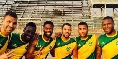 Los futbolistas jamaiquinos, a pesar de los resultados se mostraron agradecidos por la experiencia. Foto:Vía twitter.com/Wes5L1nk