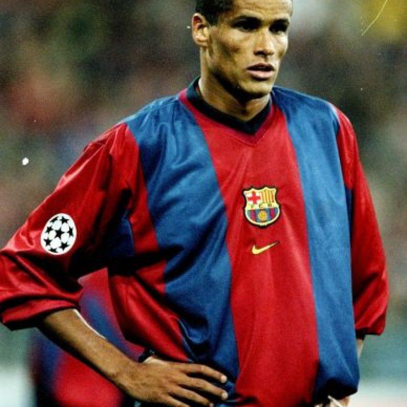 Vivió sus mejores años en el Barcelona, pero también militó en clubes europeos como Deportivo La Coruña, Milán y Olympiacos. Foto:Getty Images