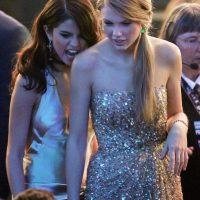 Taylor con Selena Gómez Foto:Getty Images