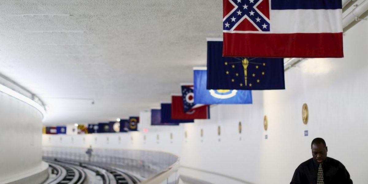 Legisladores de Misisipi propondrán rediseñar la bandera del estado