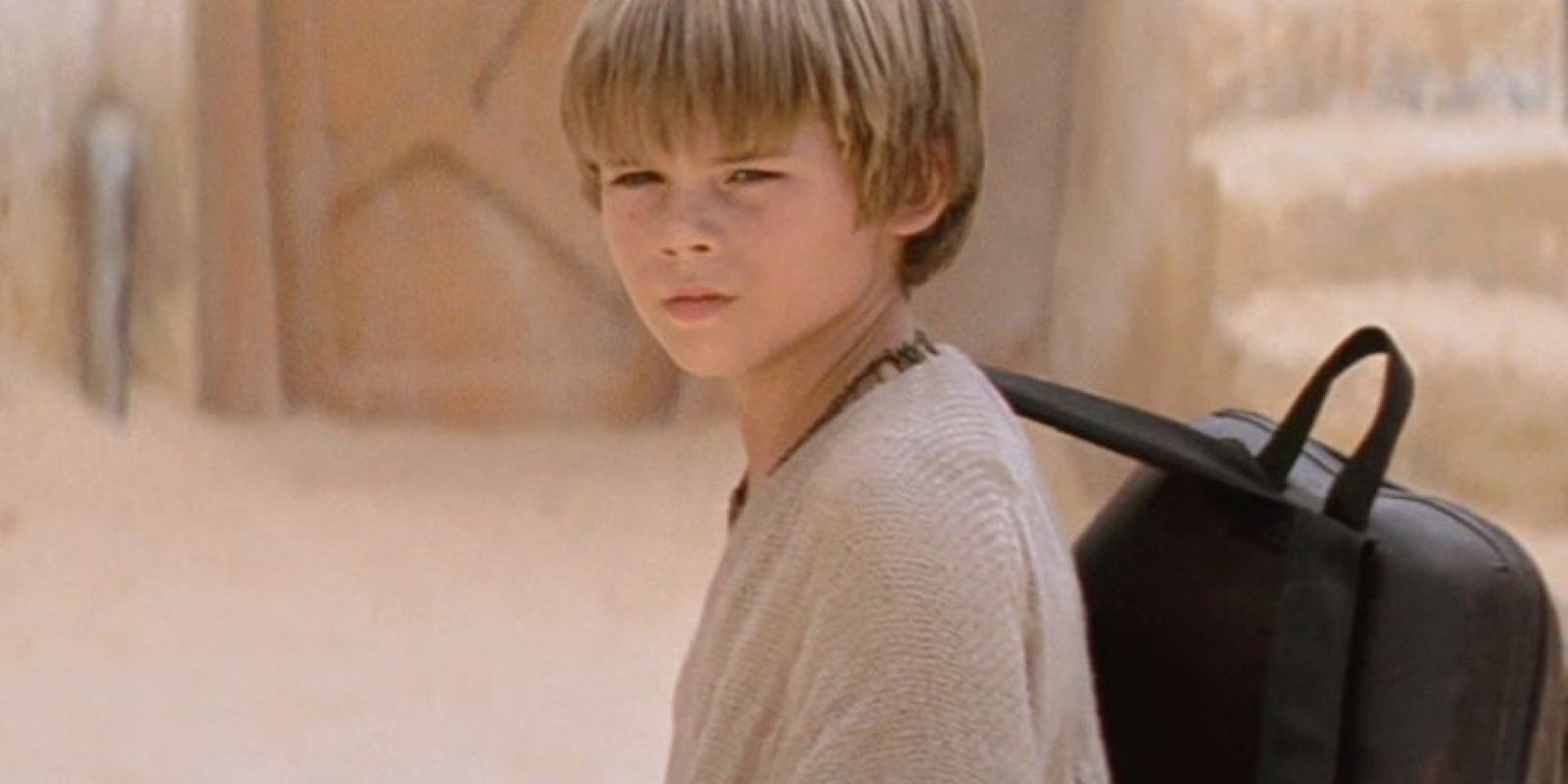 "Jake Lloyd fue conocido mundialmente por interpretar a ""Anakin Skywalker"" en ""Star Wars: La Amenaza Fantasma"". Foto: vía 20th Century Fox"
