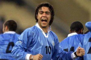 """En 1999, Uruguay se topó a Paraguay en cuartos de final y los eliminó en penales. En tiempo reglamentario empataron 1-1, pero desde el manchón penal, los """"Charrúas"""" se impusieron por 5-3. Foto:Getty Images"""