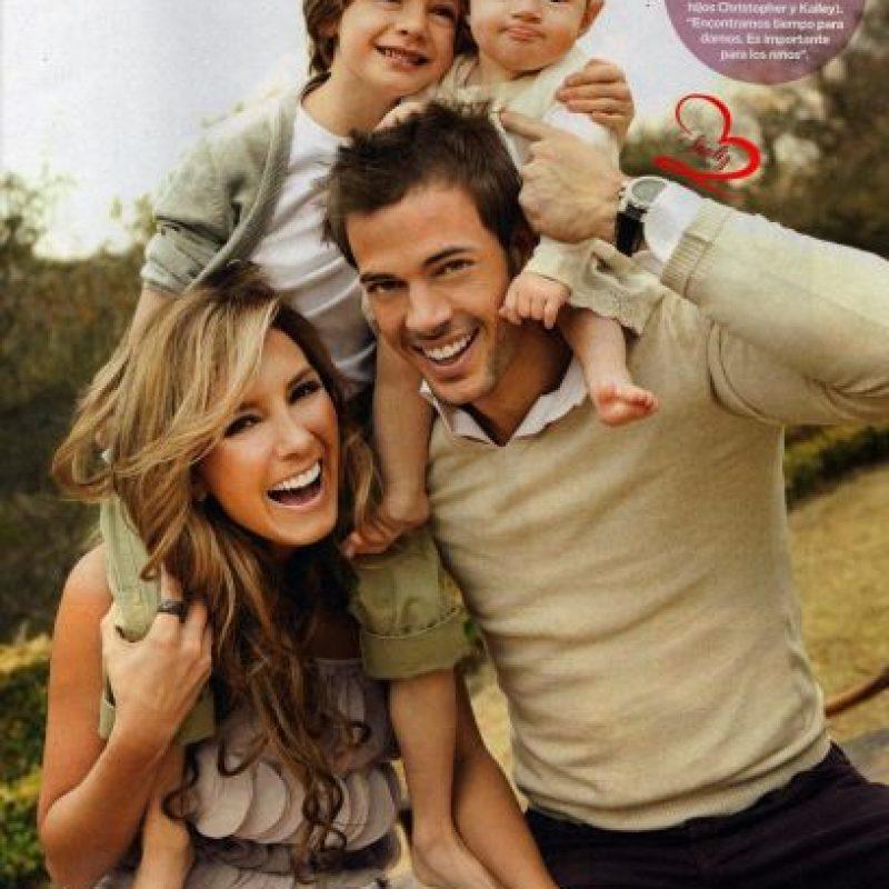 Elizabeth Gutiérrez y su familia Foto:Agencias