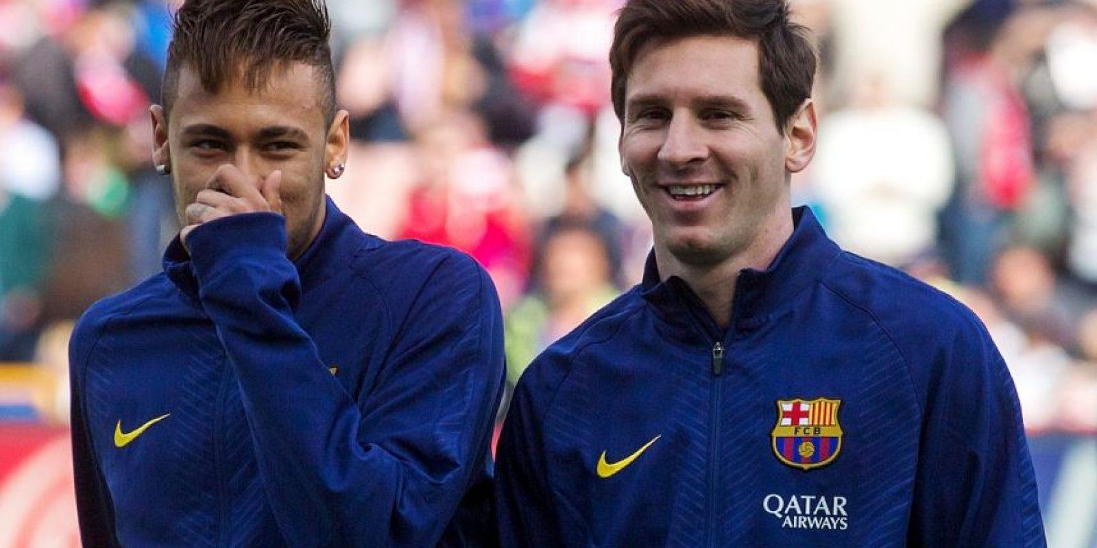 """Así como Ronaldinho fue su """"protector"""", Messi puso bajo su tutela a Neymar. Foto:Getty Images"""