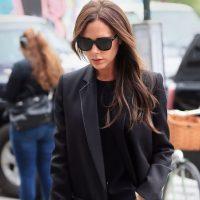 No. La sobriedad es característica de Victoria Beckham. Foto:vía Getty Images