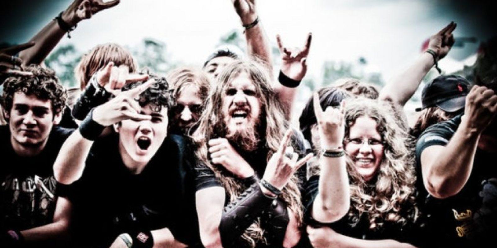 """A los aficionados a la música extrema les gusta escuchar melodías que coincidan con ellos, al experimentar enojo o ira"", mencionó Leah Sharman. Foto:Pinterest"
