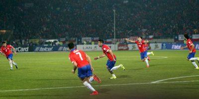 Chile se llevó la victoria y el pase a semifinales gracias a un gol de Mauricio Isla al 81′. Foto:Vía facebook.com/SeleccionChilena