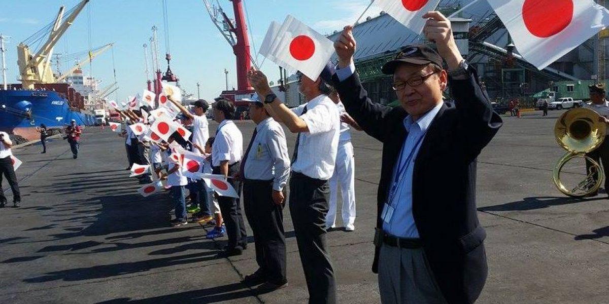 Atraca escuadrón de entrenamiento de la Fuerza Marítima de Autodefensa de Japón