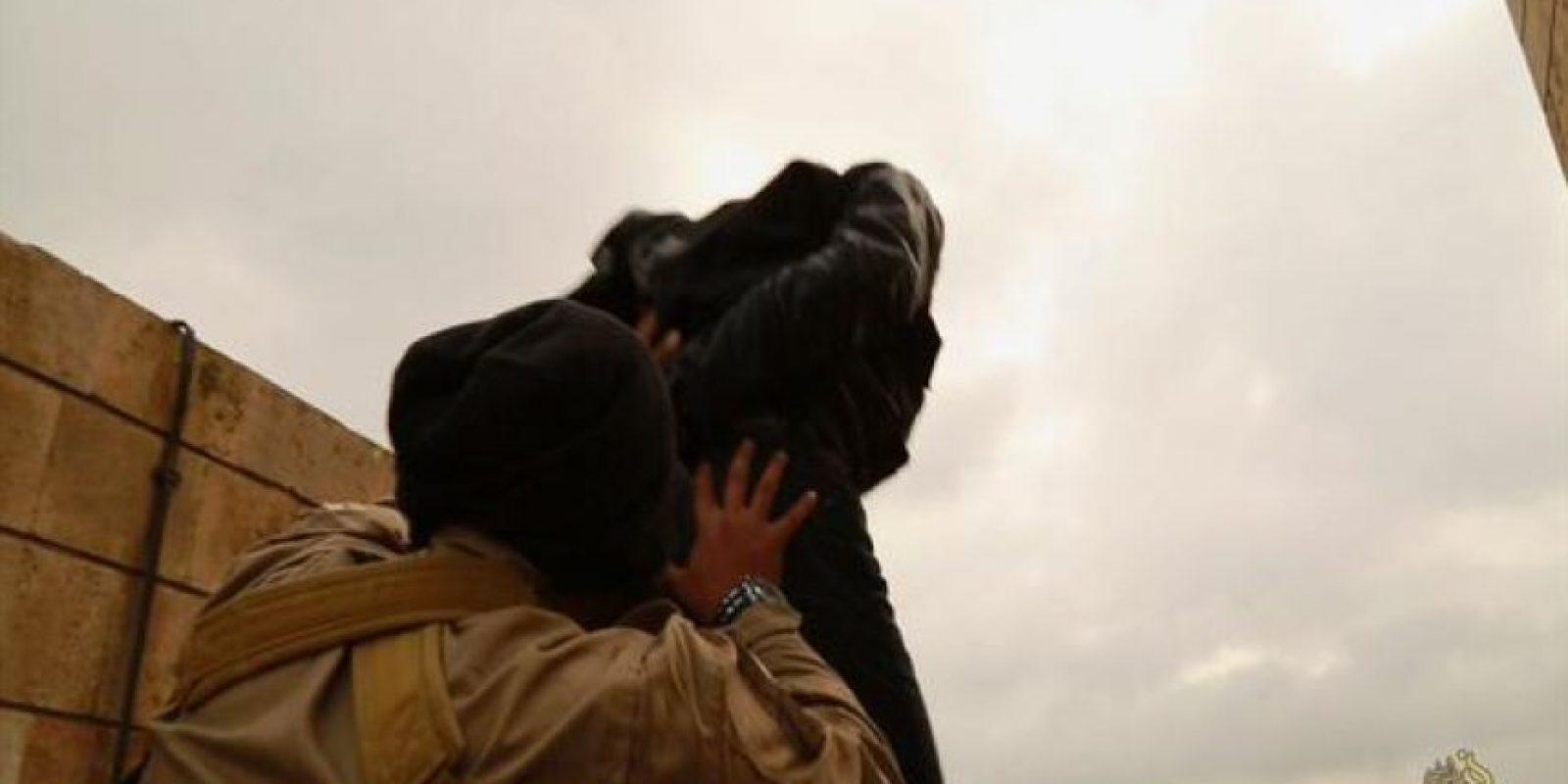 5. Arrojar a sus víctimas desde un edificio Foto:Twitter – Archivo