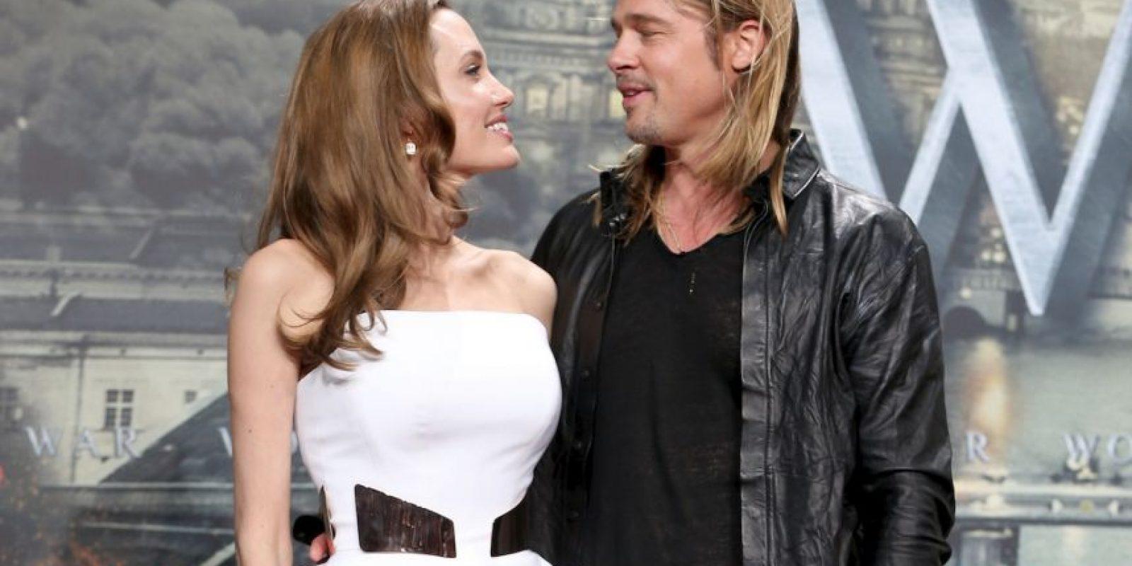 """""""No quiero definir la sexualidad de Brad Pitt, pero sea cual sea, le gustan los hombres"""", explicó a la publicación estadounidense. Foto:Getty Images"""