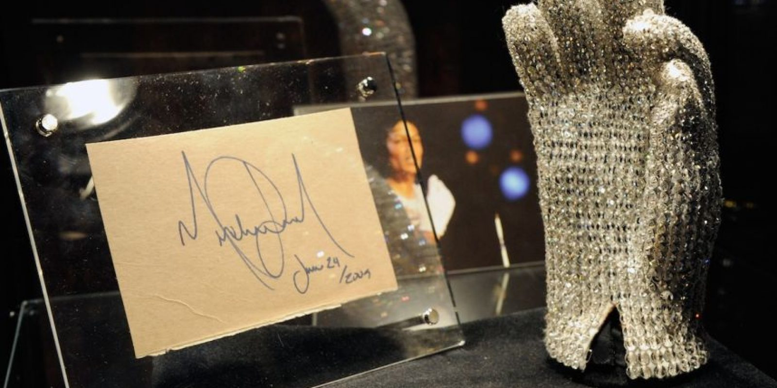 Uno de color azul y plata, y el otro dorado con negro, valorados respectivamente en 10 mil y 12 mil dólares. Foto:Getty Images