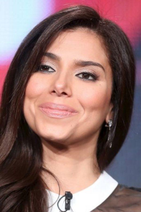 La actriz Roselyn Sánchez renunció a conducir la edición estadounidense de este famosos certamen de belleza. Foto:Getty Images