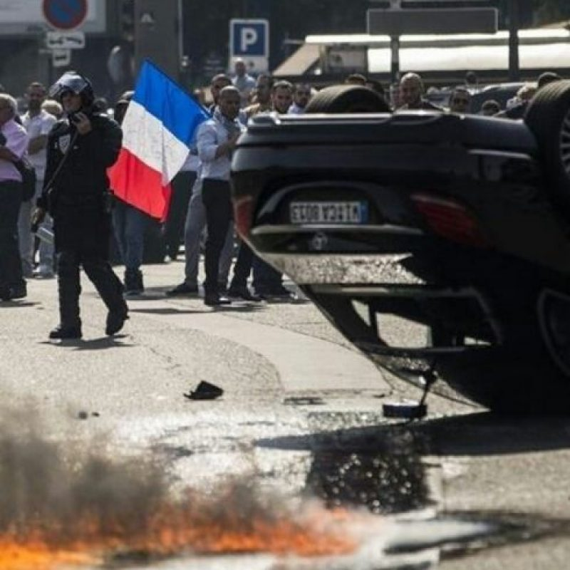 Las protestas en Francia se han intensificado. Foto:instagram.com/epocanegocios