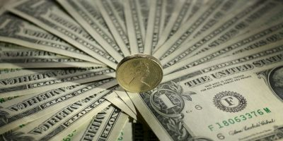 Hombre recibirá medio millón de dólares por haber sido insultado durante colonoscopía