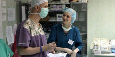 El hombre planeaba grabar las instrucciones que le indicara el médico. Foto:Getty Images