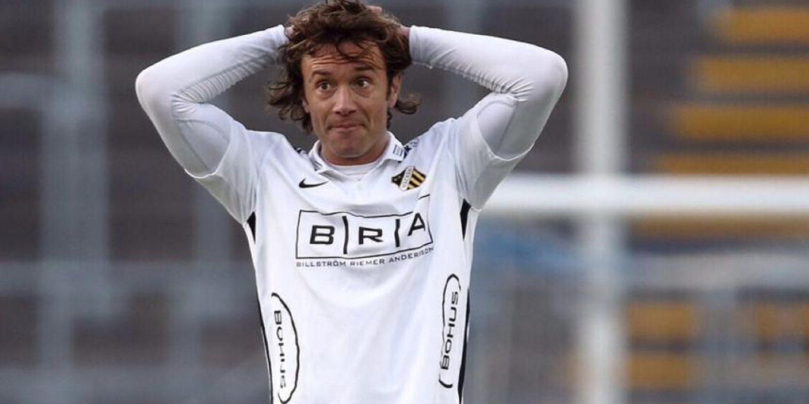 Diego Lugano, excapitán de Uruguay, indicó en las redes sociales que Gonzalo Jara pagará cuando se lo encuentre en un futuro. Foto:Twitter