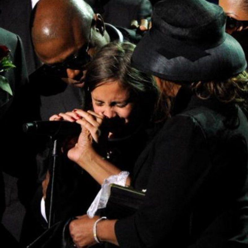 Entonces, Michael Jackson murió, dejando devastados a sus tres pequeños, Paris Jackson, Prince Jackson y Blanket Jackson II. Foto:vía Getty Images