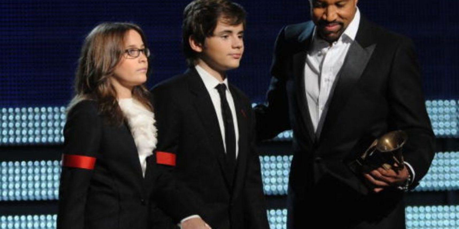 """Y aceptaron el """"Premio a toda una vida"""" en los Grammy de ese año. Foto:vía Getty Images"""