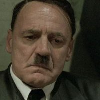 """Bruno Gantz es Adolfo Hitler en """"La caída"""", en 2006. Foto:vía NewMarket Capital Group"""